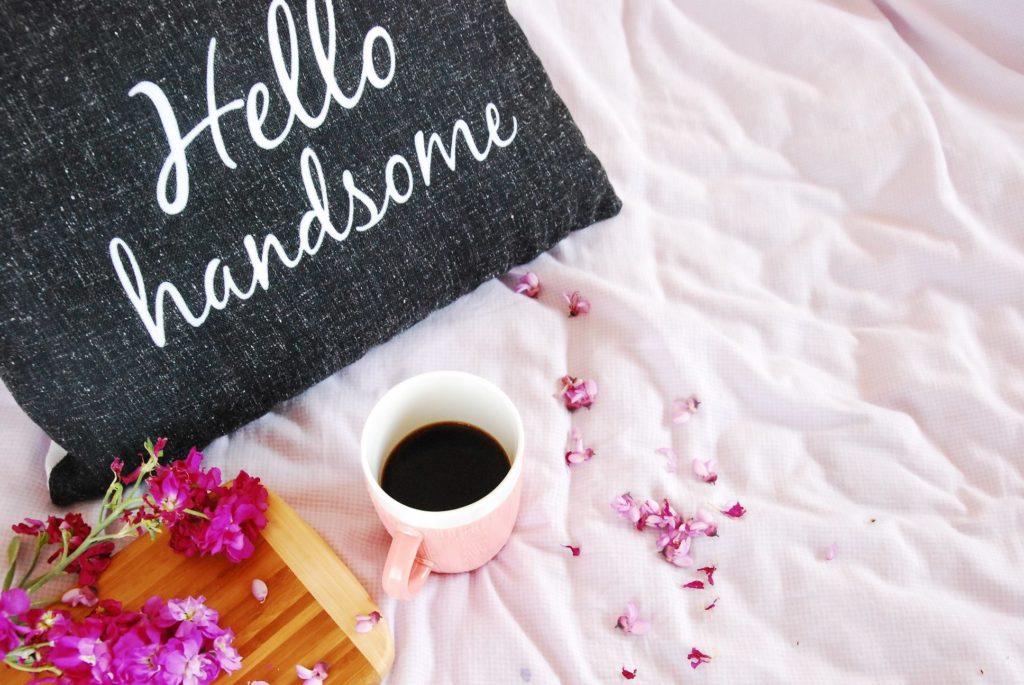 καφές στο κρεβάτι