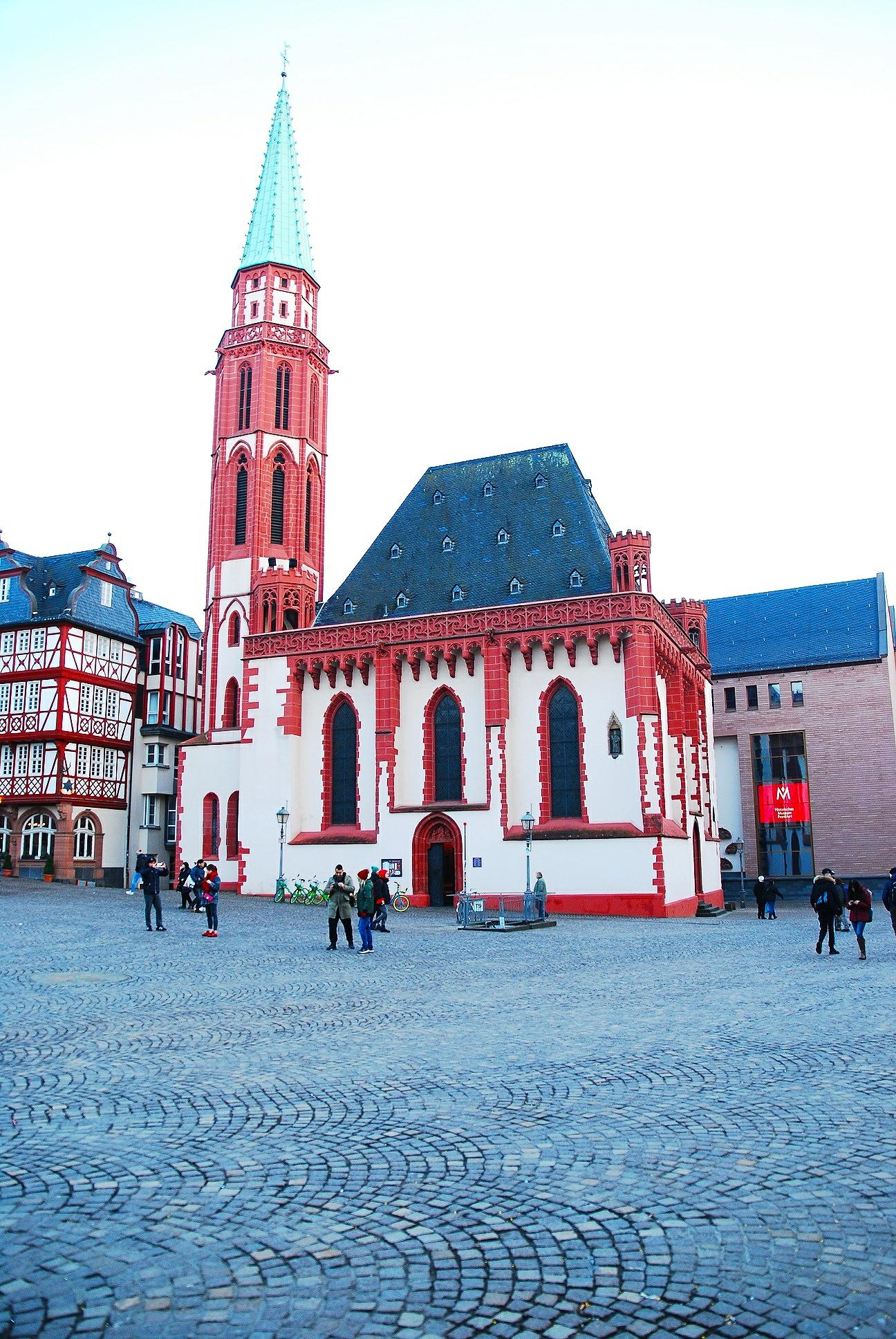 frankfurt old buildings